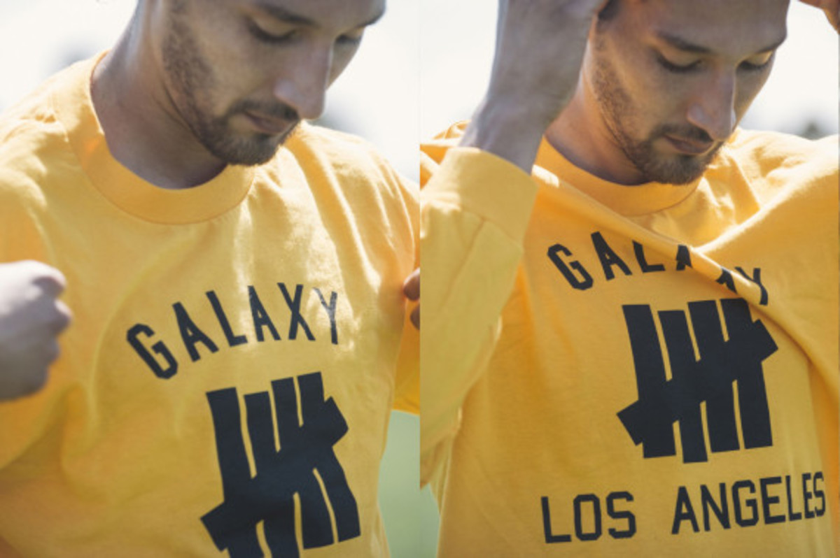 la-galaxy-undefeated-2014-field-collection-05