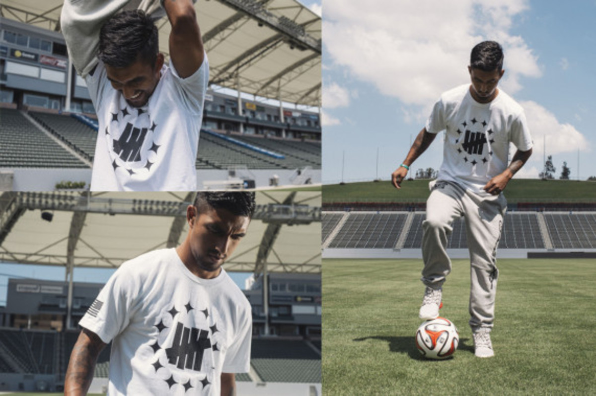 la-galaxy-undefeated-2014-field-collection-06