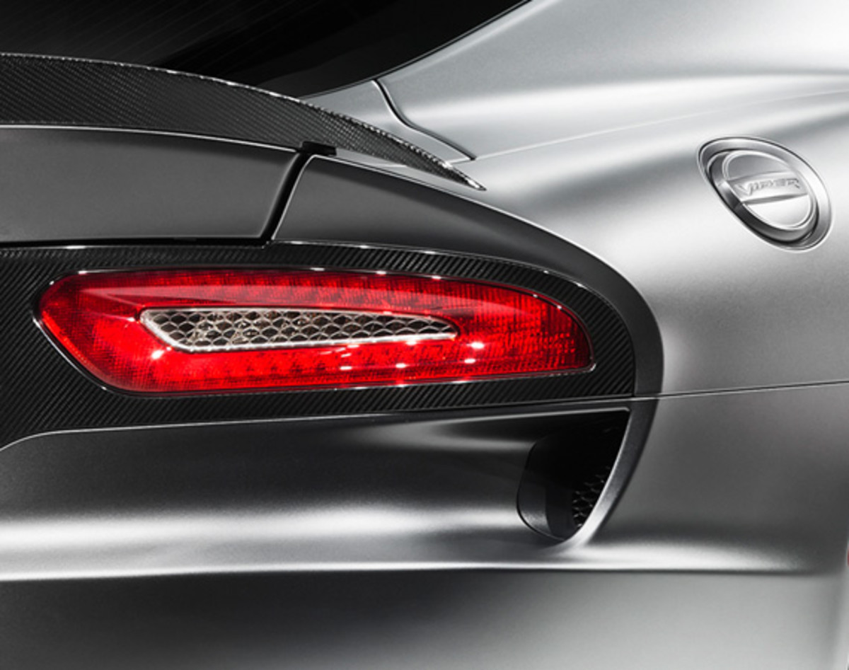 2014-srt-viper-gts-anodized-carbon-edition-time-attack-group-07