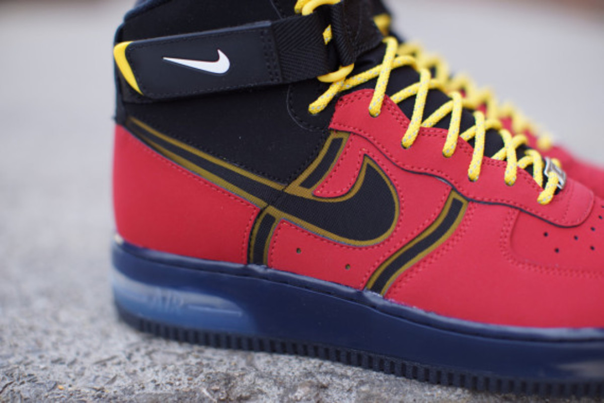nike-air-force-1-high-bakin-05
