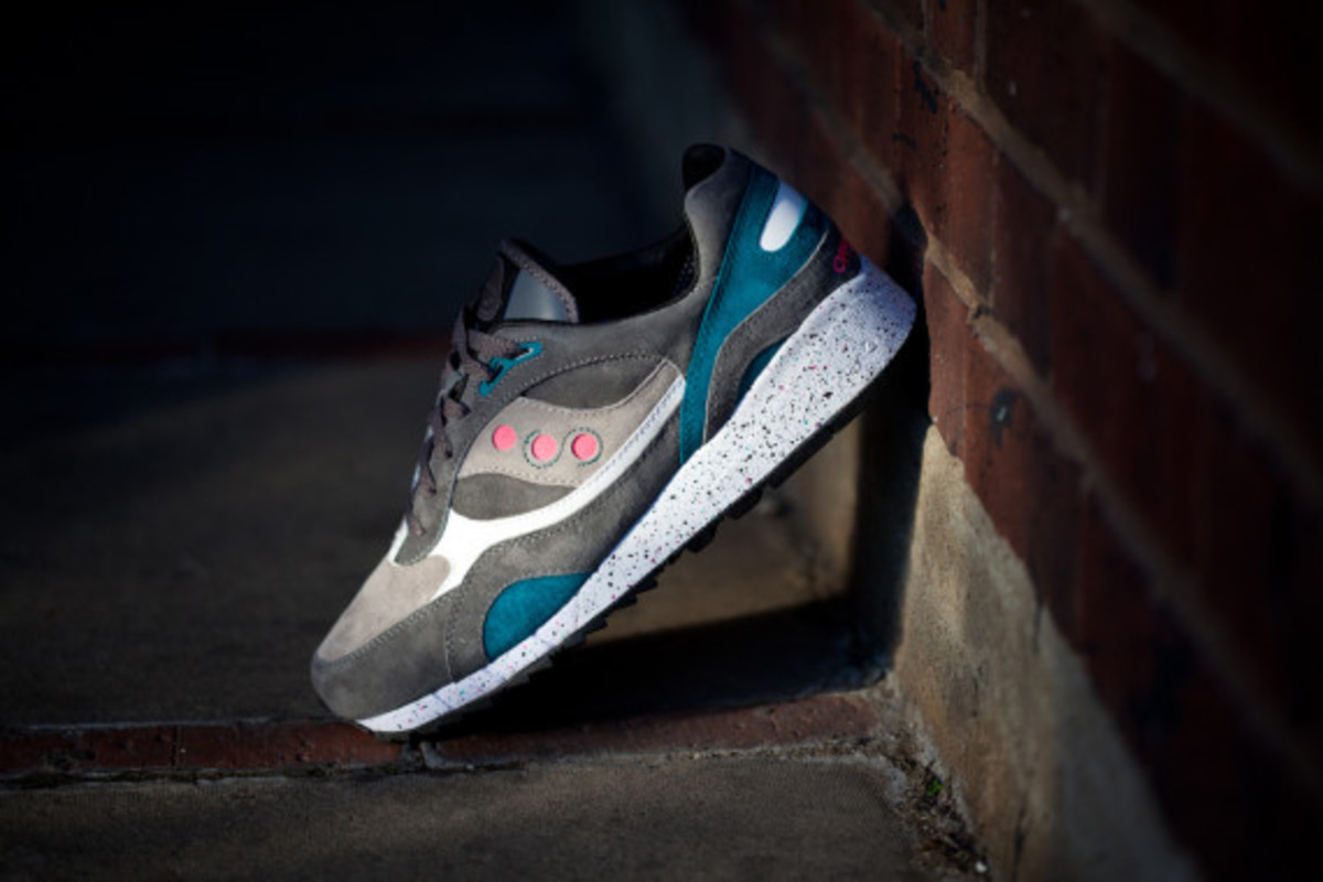 offspring-saucony-shadow-6000-running-since-96-f