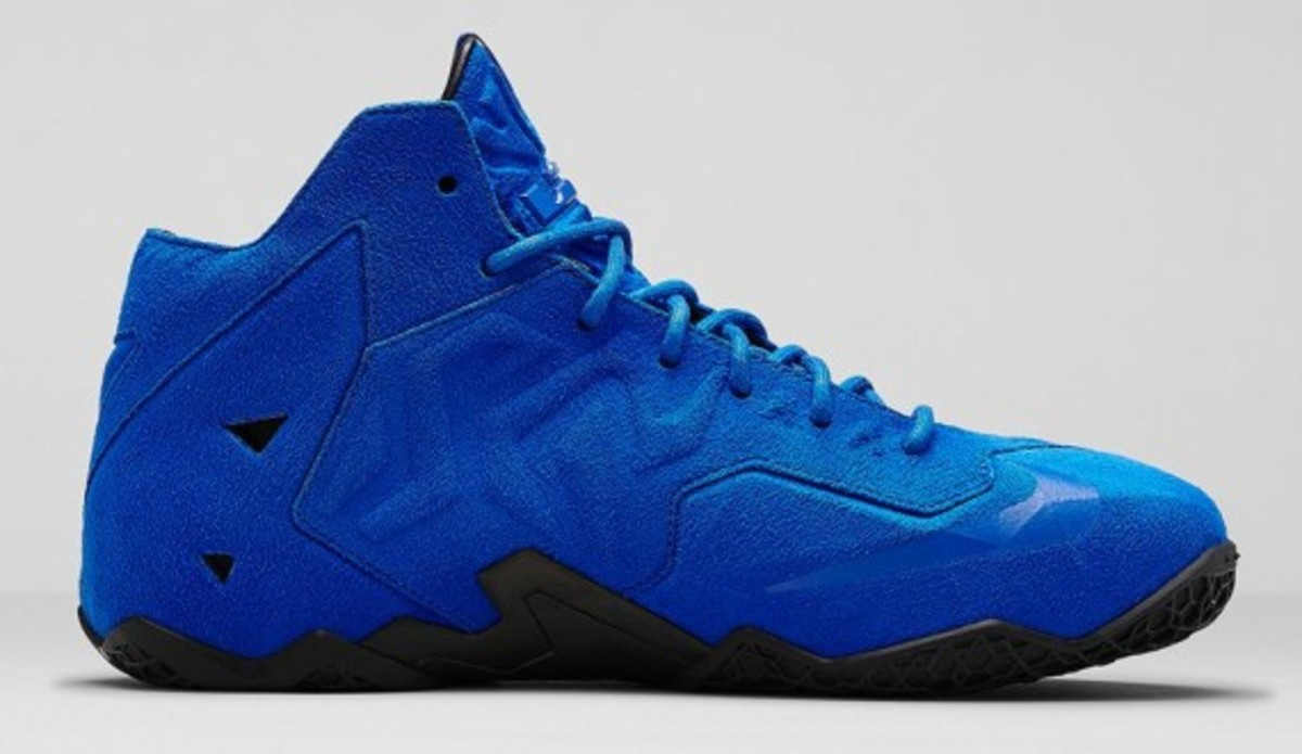 nike-lebron-11-ext-blue-suede-release-info-03