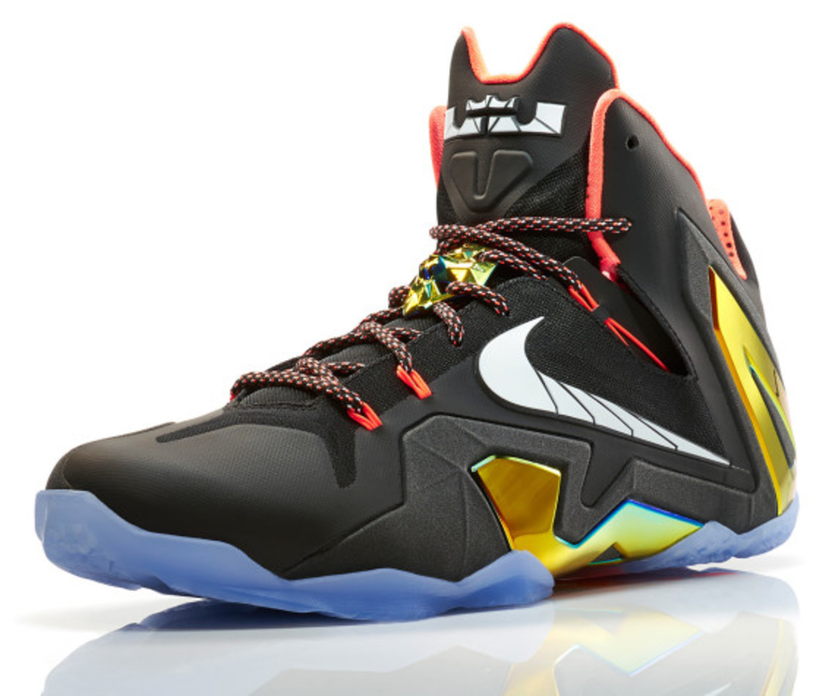 nike-lebron-11-elite-gold-01