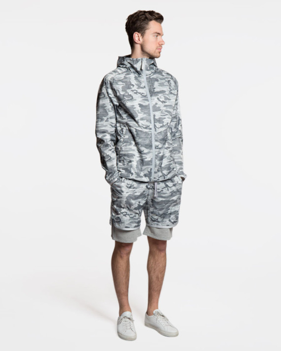 reigning-champ-camo-hooded-jacket-04