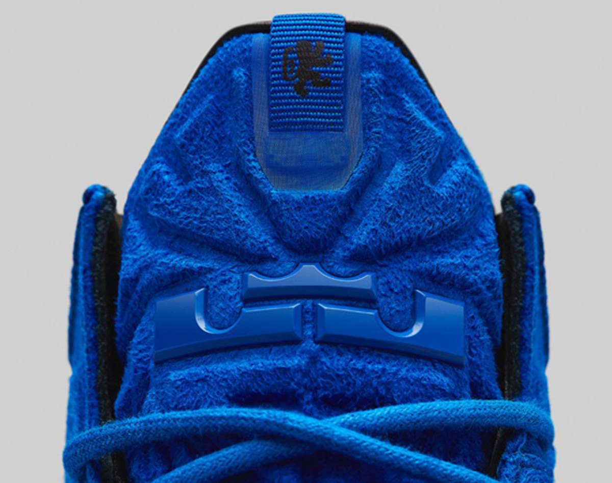 nike-lebron-11-ext-blue-suede-release-info-01