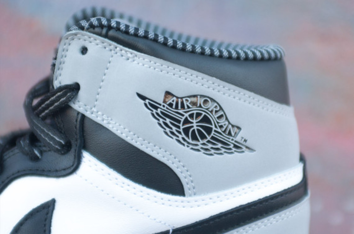 air-jordan-1-retro-high-og-barons-06
