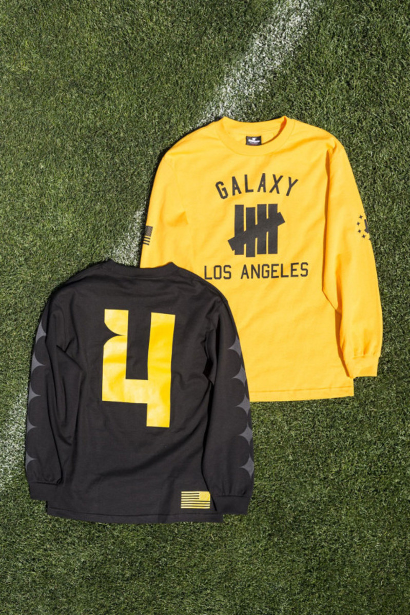 la-galaxy-undefeated-2014-field-collection-04