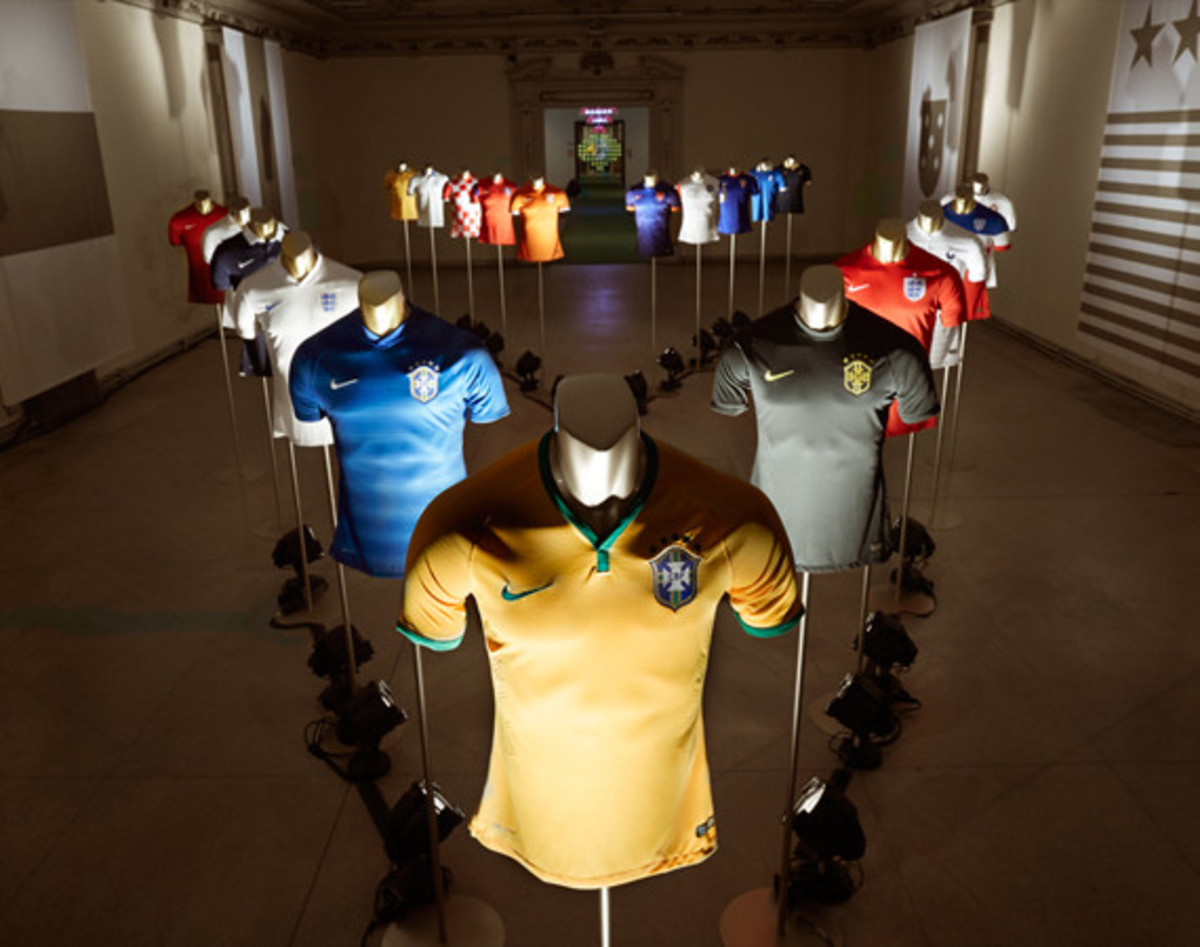 nike-showcases-2014-football-innovations-01