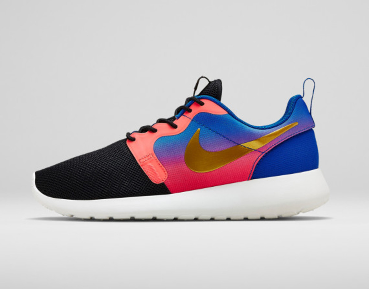 Nike Women's Mercurial Roshe Run Hyperfuse
