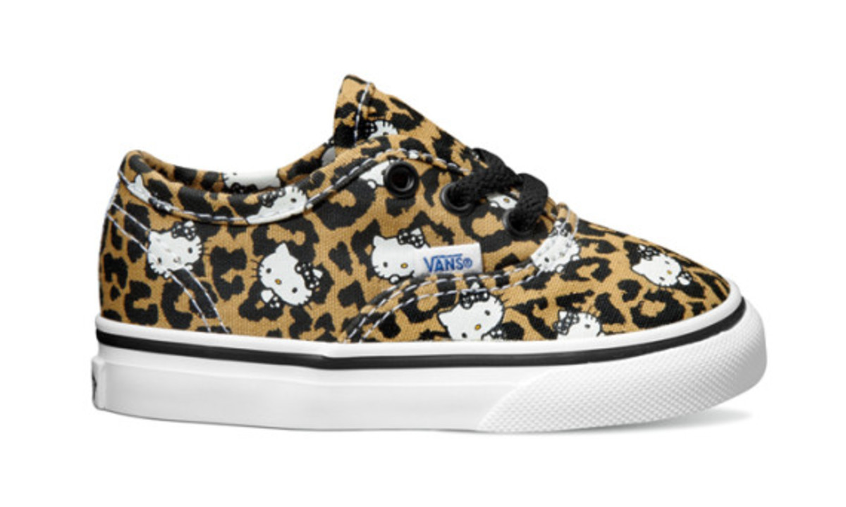 vans-hello-kitty-40th-anniversary-collection-10