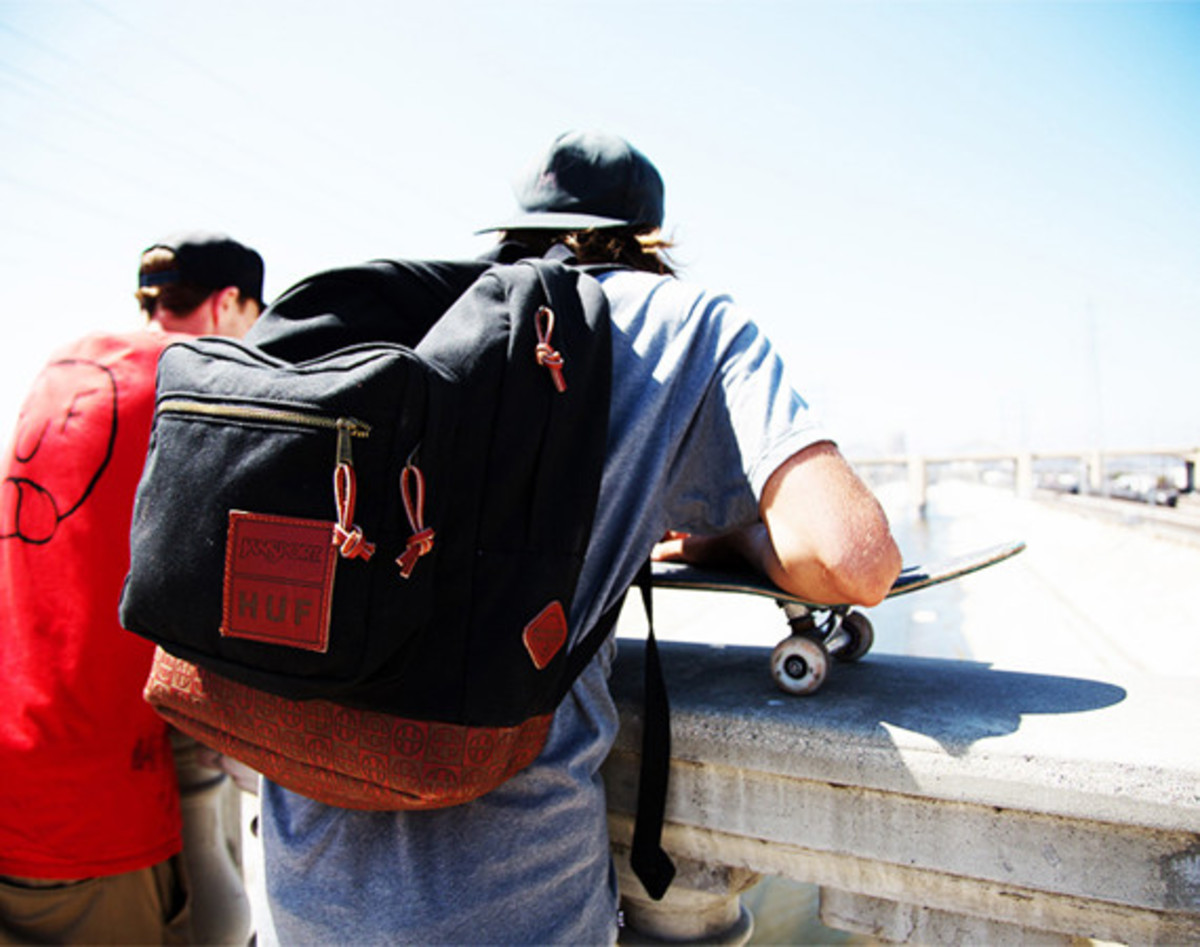 huf-red-wing-jansport-collaboration-pack-01