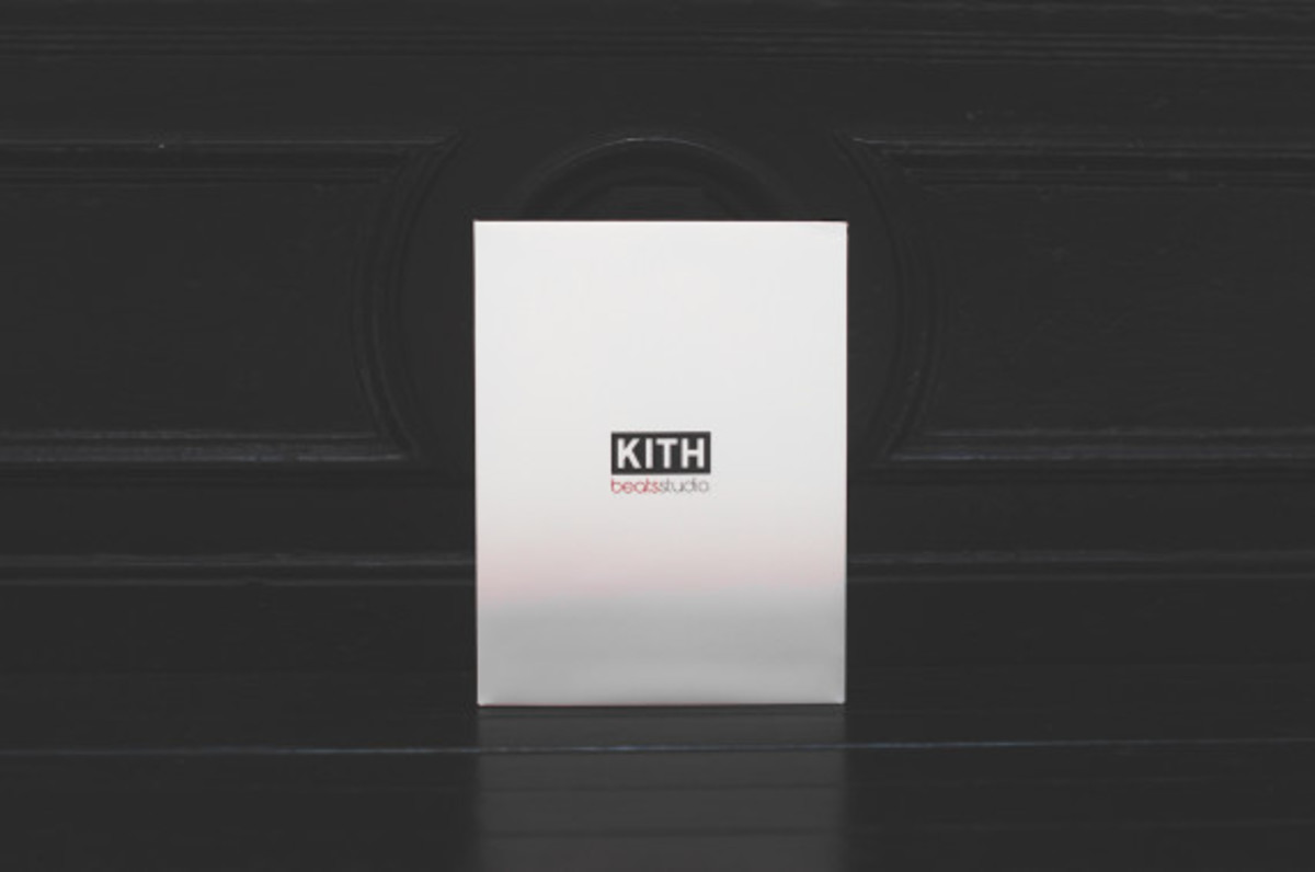 kith-beats-by-dr-dre-studio-headphones-pill-wireless-speaker-10