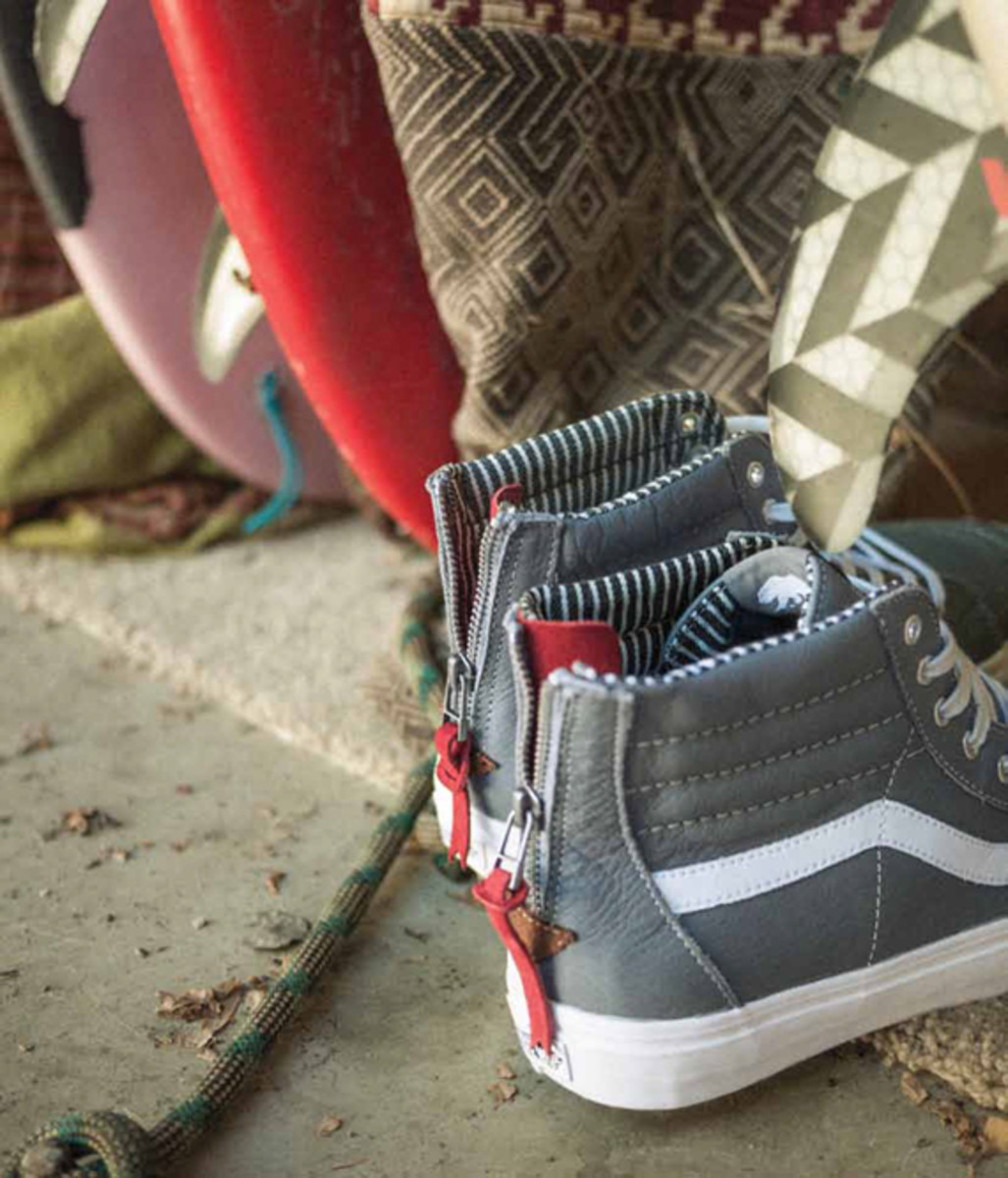 vans-california-collection-sk8-hi-zip-ca-varsity-stripe-06