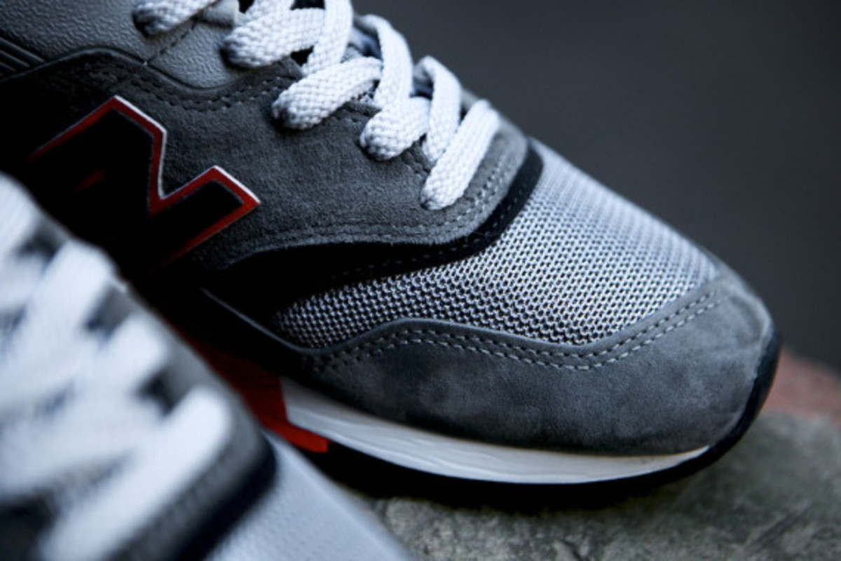 new-balance-m997hl-authors-collection-09