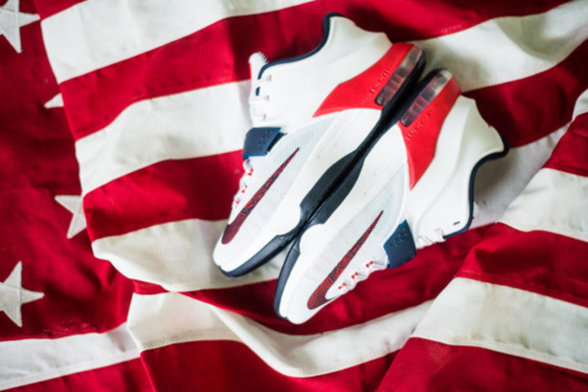 nike-basketball-independence-day-2014-collection-06
