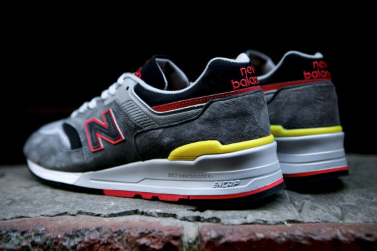 new-balance-m997hl-authors-collection-11