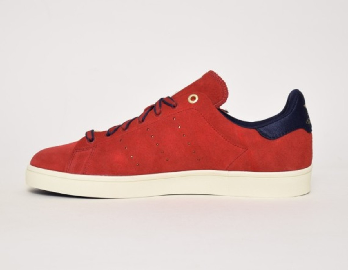 primitive-adidas-skateboarding-stan-smith-vulc-02