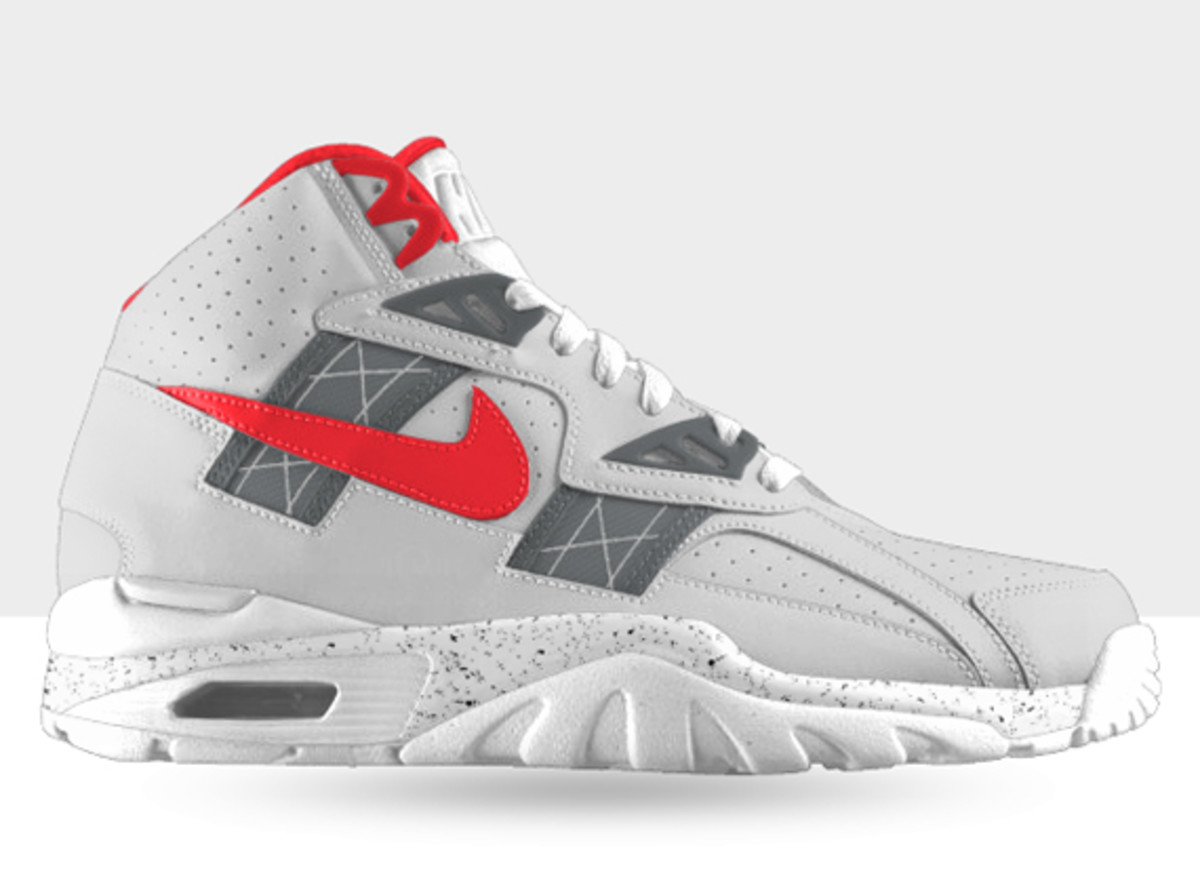 nike-air-trainer-sc-high-id-available-now-03