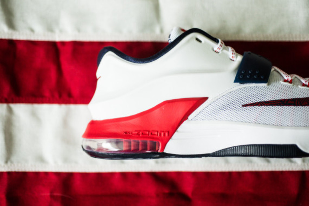 nike-basketball-independence-day-2014-collection-09