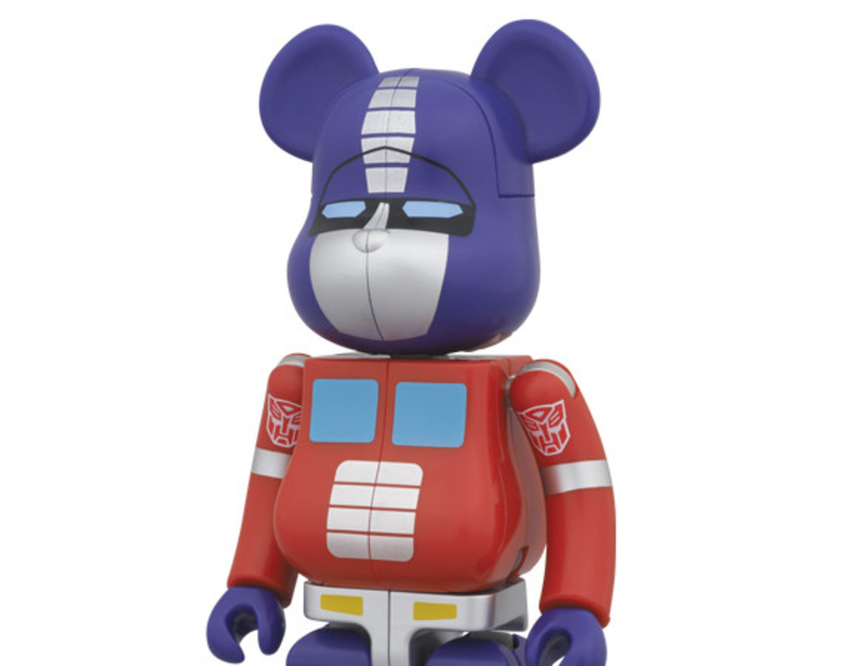 transformers-medicom-toy-transformable-bearbrick-200-percent-set-01