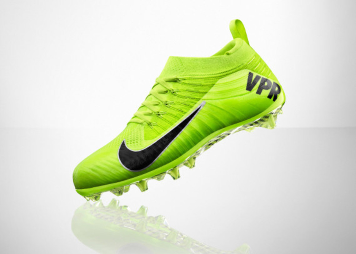 nike-vapor-ultimate-cleat-06