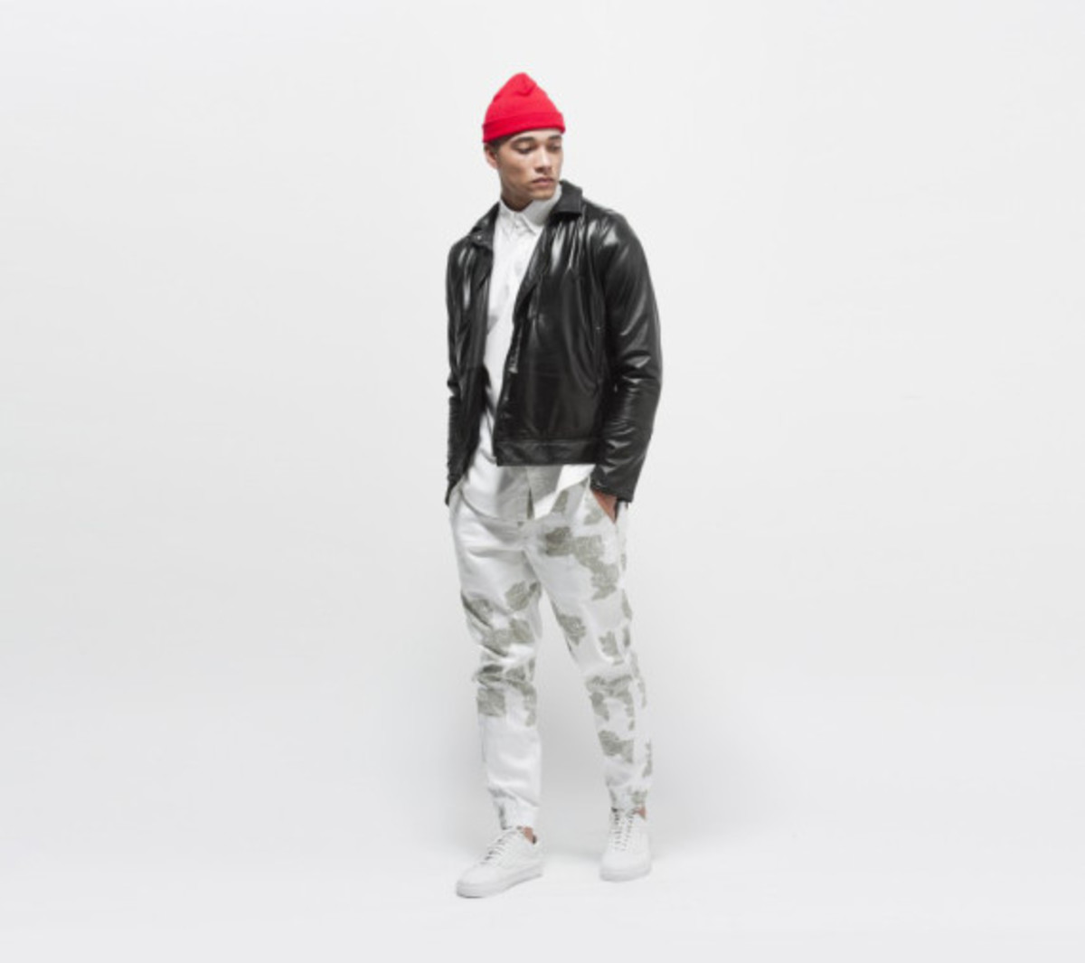 publish-brand-novelty-jogger-collection-12