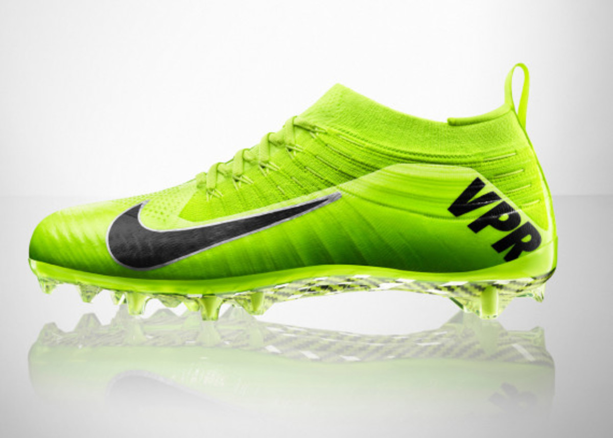 nike-vapor-ultimate-cleat-08