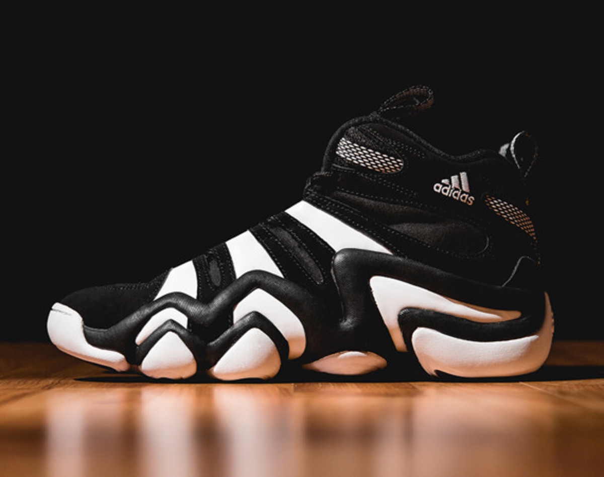detailed pictures 2a2f9 d1515 adidas Crazy 8 - Black