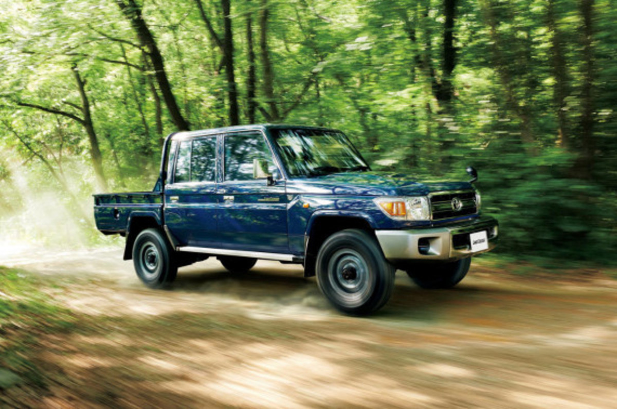 toyota-land-cruiser-70-series-re-release-07