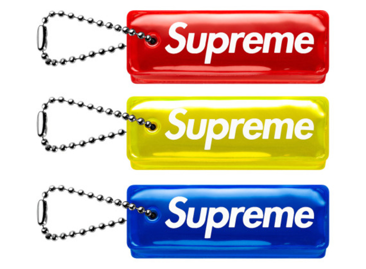 supreme-fall-winter-2014-accessories-and-gear-collection-22