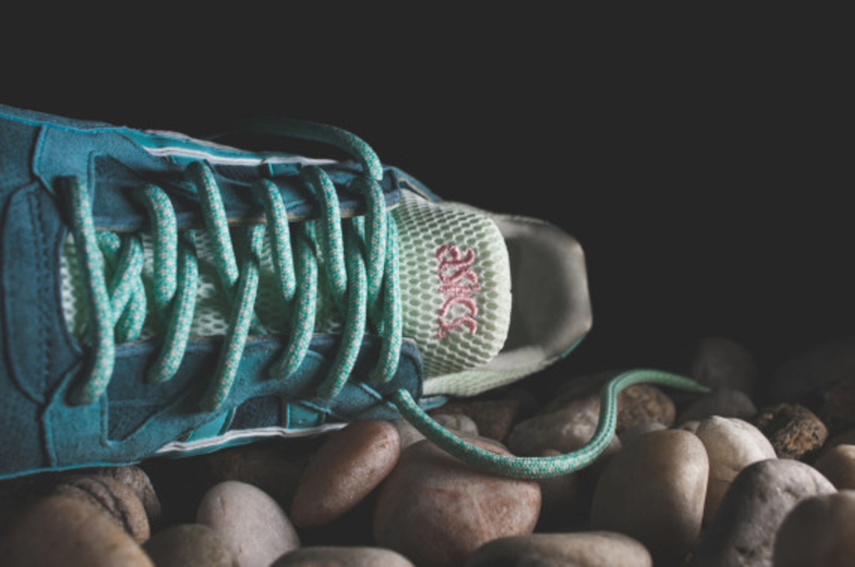 ronnie-fieg-asics-gel-lyte-v-rose-gold-and-sage-11