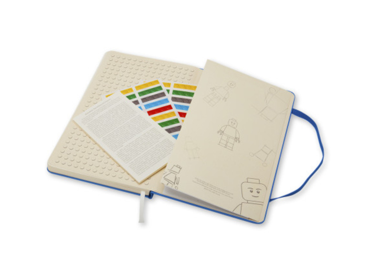 lego-moleskine-2014-notebook-collection-19