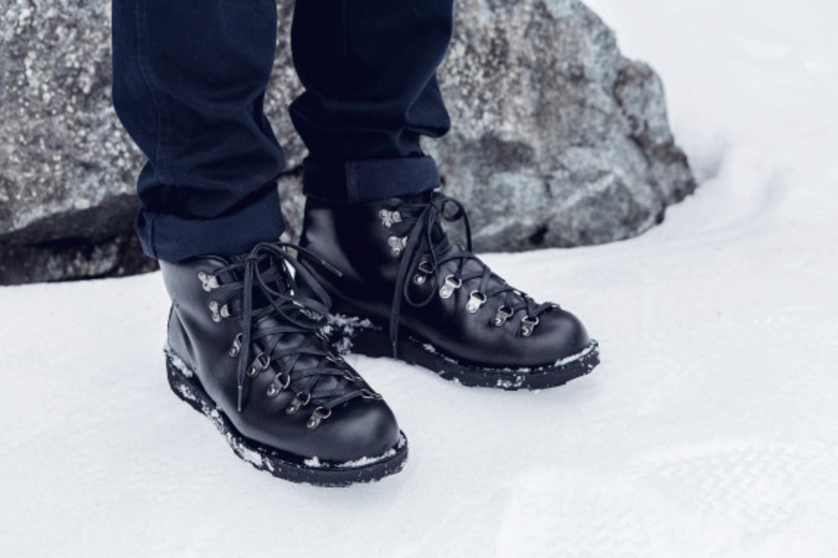 wings-and-horns-danner-mountain-light-boot-02
