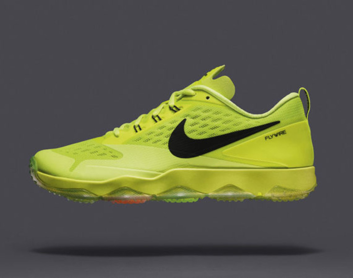 nike-zoom-hypercross-trainer-01