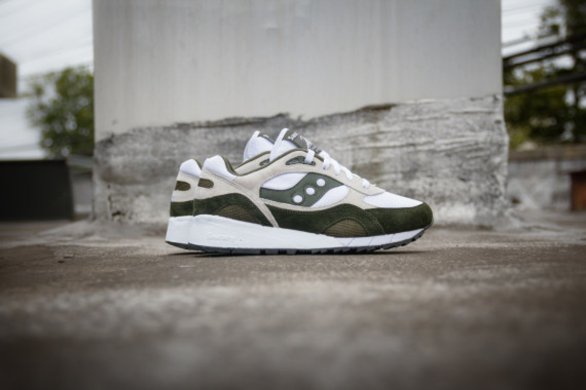 saucony-shadow-6000-running-man-collection-09
