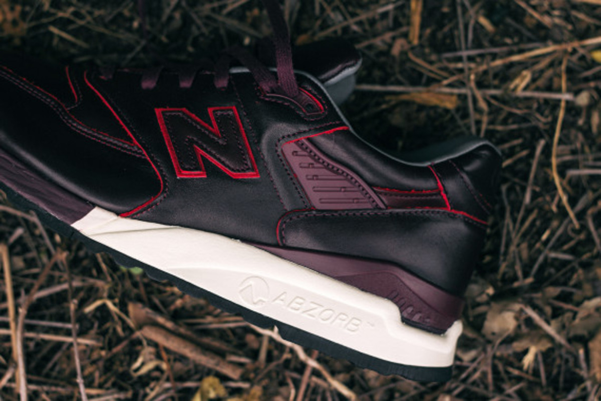 new-balance-998-horween-leather-closer-look-10