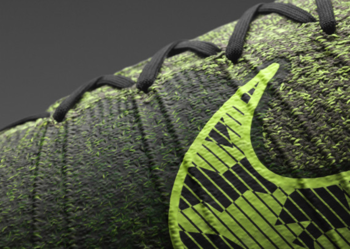 nike-launches-new-elastico-superfly-04