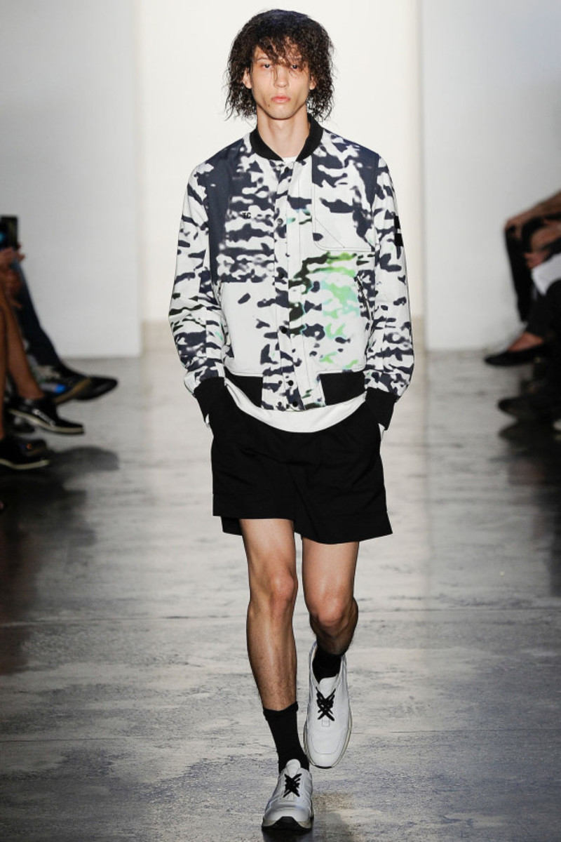 tim-coppens-spring-summer-2015-collection-runway-show-13