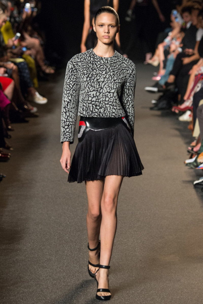 alexander-wang-sneaker-inspired-spring-2015-collection-08