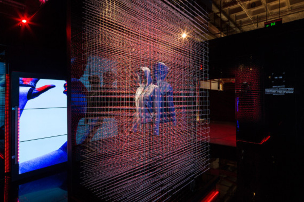 nike-tech-pack-retail-experience-booth-shanghai-06