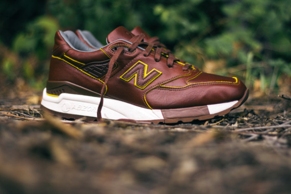 new-balance-998-horween-leather-closer-look-03