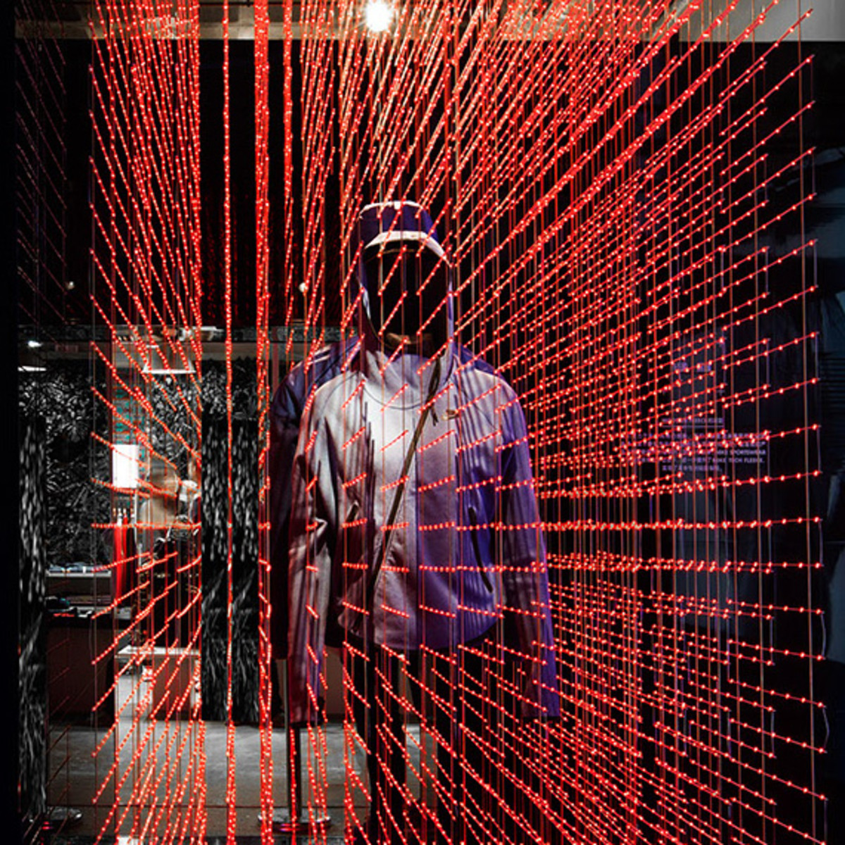 nike-tech-pack-retail-experience-booth-shanghai-09