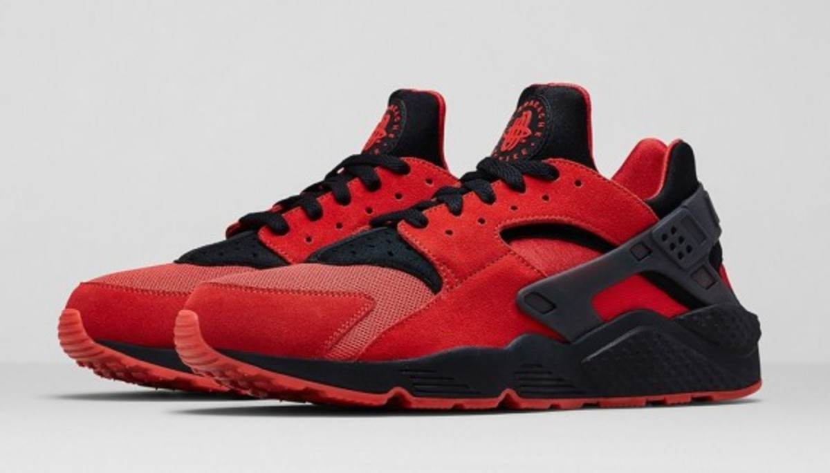 nike-huarache-red-black-07