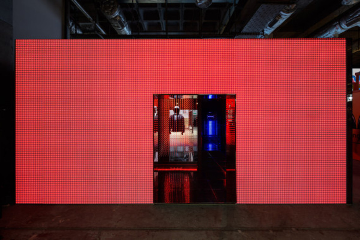 nike-tech-pack-retail-experience-booth-shanghai-19