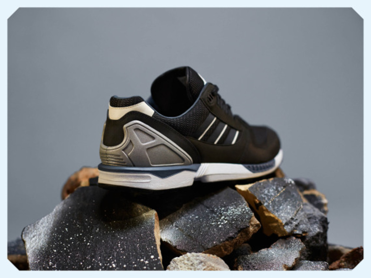 adidas-originals-zx-8000-fall-of-the-wall-pack-03