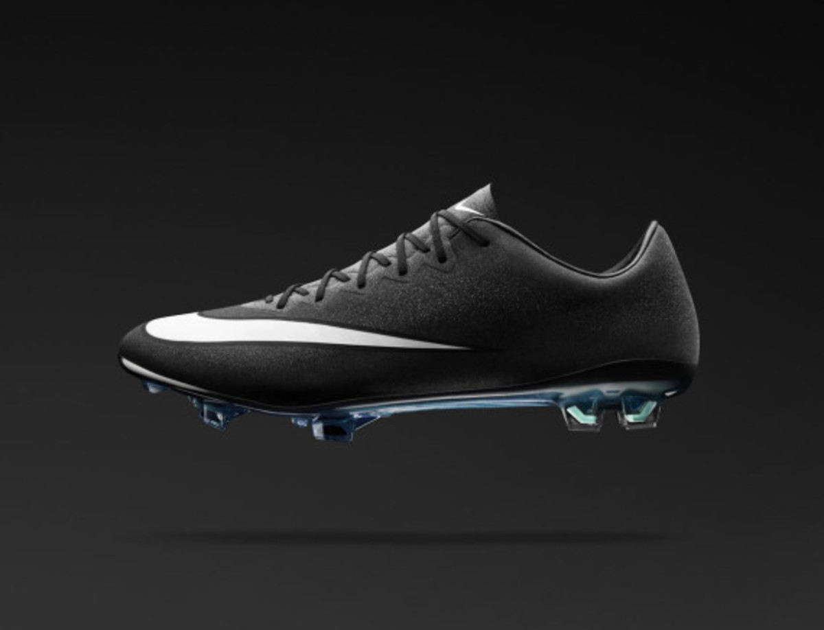 nike-mercurial-superfly-cr7-09