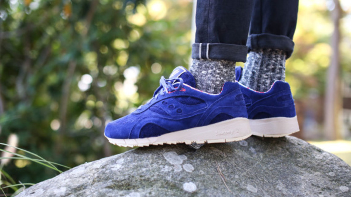 bodega-saucony-elite-shadow-6000-sweater-pack-07