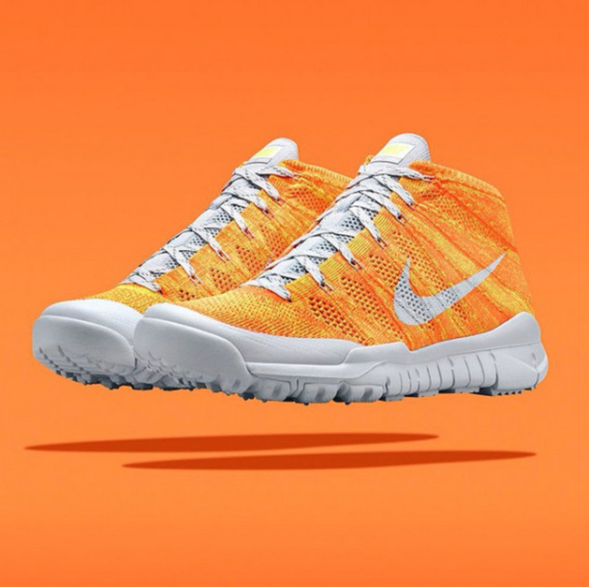 nike-flyknit-trainer-chukka-sfb-orange-03