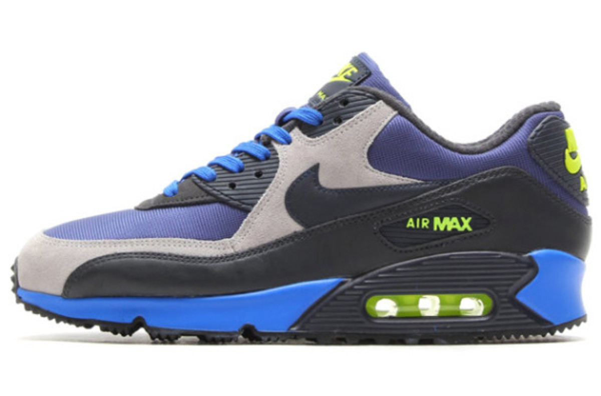 Nike Air Max 90 Winter PRM Style: 683282-400 Color: Blue Recall/Dark Obsidian-Flat Silver