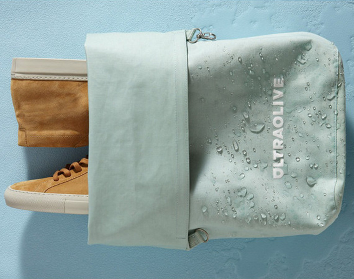 ultraolive-taped-seam-dry-bag-01